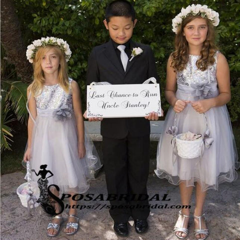 products/Top_Sequin_Sliver_Grey_Round_Neck_Sleeveless_Flower_Gir_Dresses_With_Handmade_Flower_Sparkly_Discount_Junior_Bridesmaid_Dresses.jpg