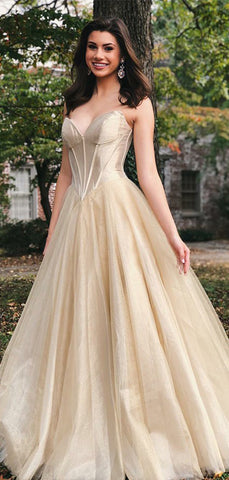 products/Gold_Velvet_Tulle_Strapless_Empire_Waist_Prom_Dresses_PD00174-2.jpg