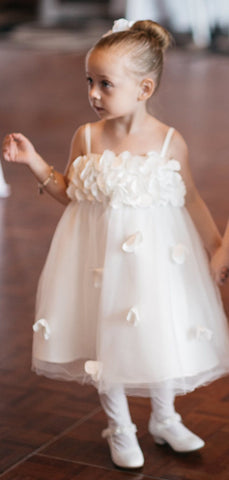 products/Ivory_Tulle_Handmade_Flowers_Applique_Spaghetti_Strap_Flower_Girl_Dresses_FGS140-2.jpg