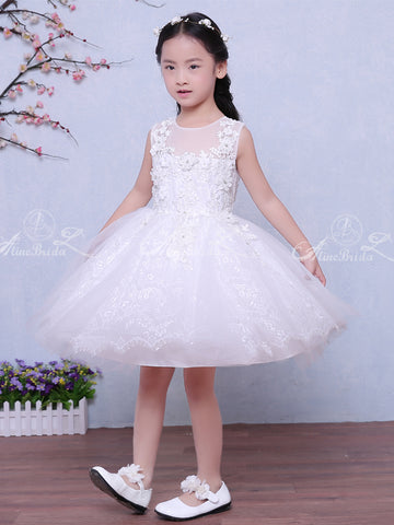 products/Lovely_Lace_White_Tulle_Handmade_Applique_Sleeveless_Flower_Girl_Dresses_FGS026-1.jpg