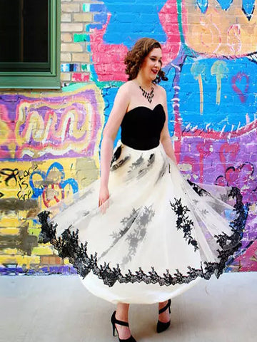 products/Newest_Simple_Strapless_Tulle_A-line_Black_Lace_Appliques_Halloween_Prom_Dresses_PD00009.jpg