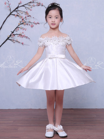 products/Off_Shoulder_Wite_Satin_Handmade_Flower_Applique_Flower_Girl_Dresses_FGS031-1.jpg