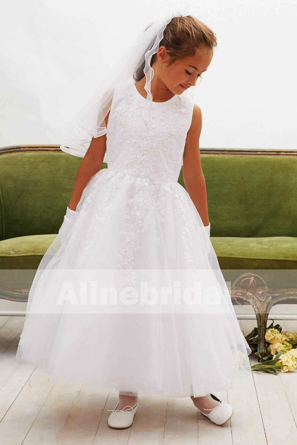 Off White Lace Tulle Classic Round Neck Flower Girl Dresses Fgs061