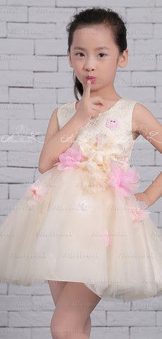products/Pastel_Yellow_Tulle_Handmade_Flower_Scoop_Neck_Cute_Flower_Girl_Dresses_FGS132-3.jpg