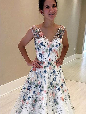 products/Stunning_Floral_Beading_White_V-neck_Prom_Dresses_PD00216-1.jpg