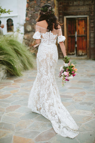 products/Vintage_Off_Shoulder_Half_Sleeve_See_Through_Ivory_Lace_Nude_Wedding_Dresses_WD0009-1.jpg