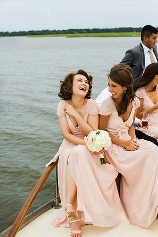 products/blogs-aisle-say-15Formal-Sea-Island-Georgia-Wedding-Christian-Oth-Studio-bridesmaids-boat.jpg