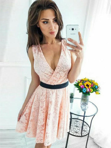 products/homecoming_dress8_1_45fe9ce4-b30a-46b3-b29e-83bc148e93dc.jpg