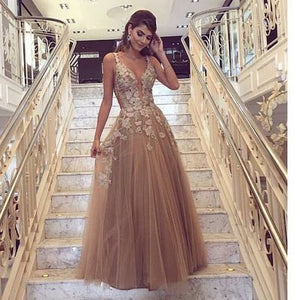 Elegant V Neck Applique Tulle Affordable Women Fashion Long Prom Dresses, WG775