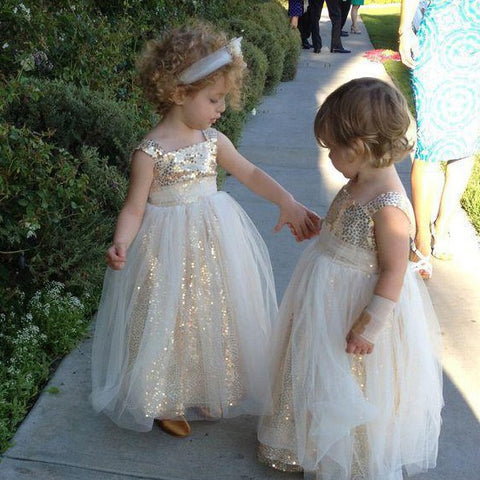 products/flower_girl_dress_0db5a704-f7ab-44ce-a851-ef0652f8c311.jpg