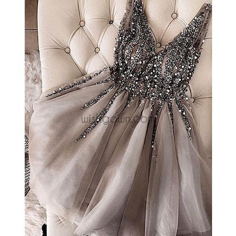 products/homecoming_dress_a8e37f34-6168-45eb-8d1b-cbd56696b729.jpg