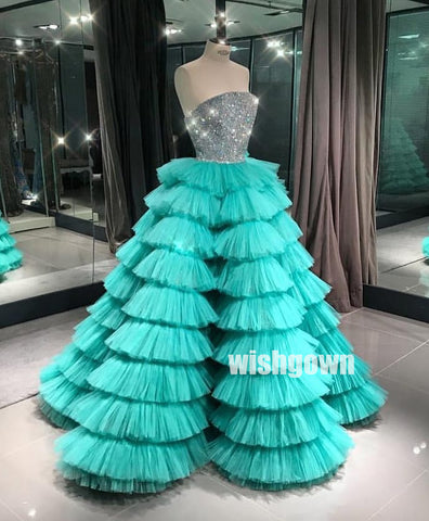 products/prom_dress3_a1b798c6-9da1-413c-a0de-16c35d45c651.jpg