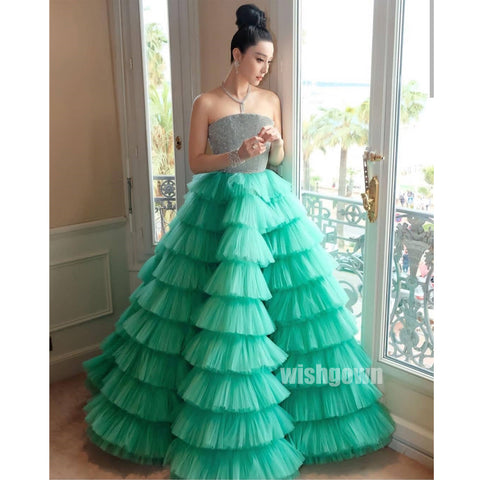 products/prom_dress_a735d95a-d8aa-453d-b0c8-0e89dbd5acb9.jpg