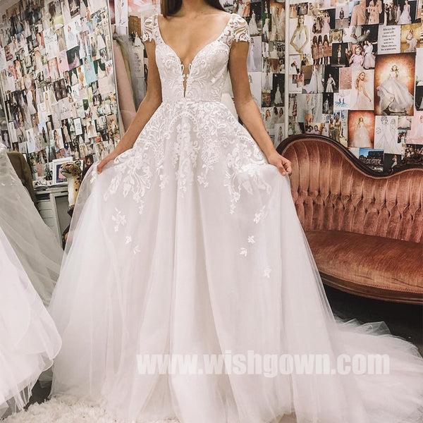 Sexy Deep V-neck Lace Tulle Long Wedding Dresses YH1129