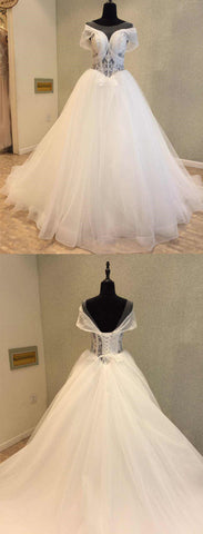 products/wedding_dress-1_f9cd3a52-57b2-4c02-832f-ba92caf749e5.jpg