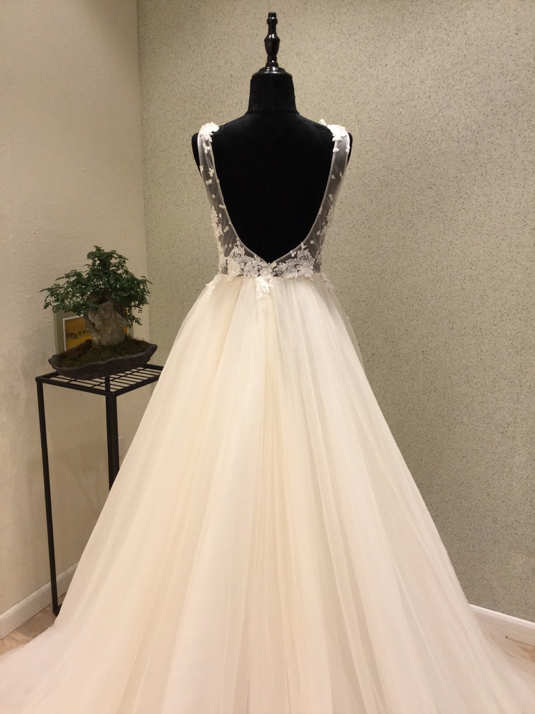 Popular Cheap Open Back Charming Applique Tulle Long Wedding Dresses, WG1226