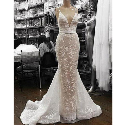 products/wedding_dress_1e67fadb-43d1-4d8f-bae3-0c4d2f12ca10.jpg