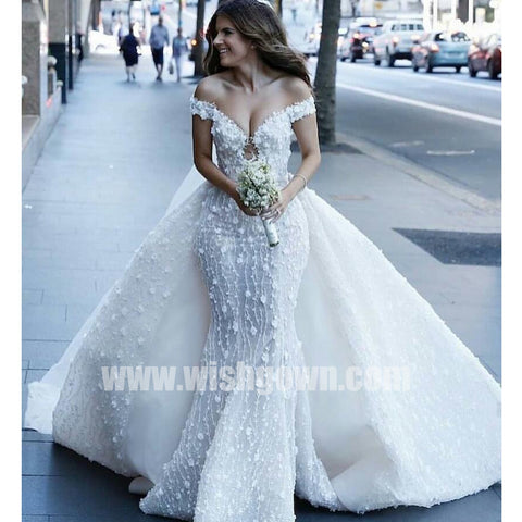 products/wedding_dress_3dbe7166-ceb6-48f5-aae9-583c3e5e296f.jpg