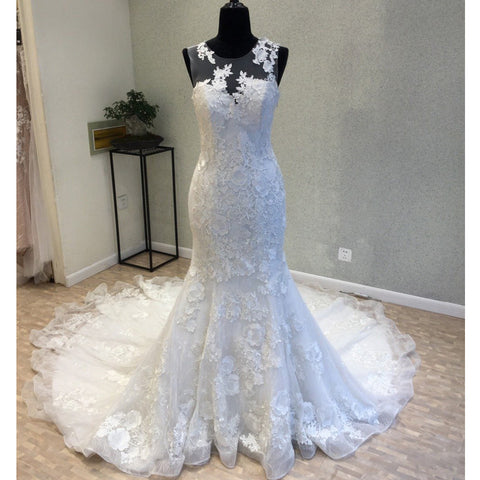 products/wedding_dress_577ed4ff-cff2-47a1-8ff4-4c957e6160e7.jpg