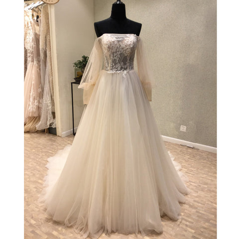 products/wedding_dress_9149ed21-0142-41af-a511-6c6523e9f929.jpg