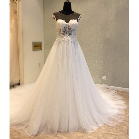 products/wedding_dress_a0c7bd47-7962-442d-b5b3-3897c6d55c75.jpg