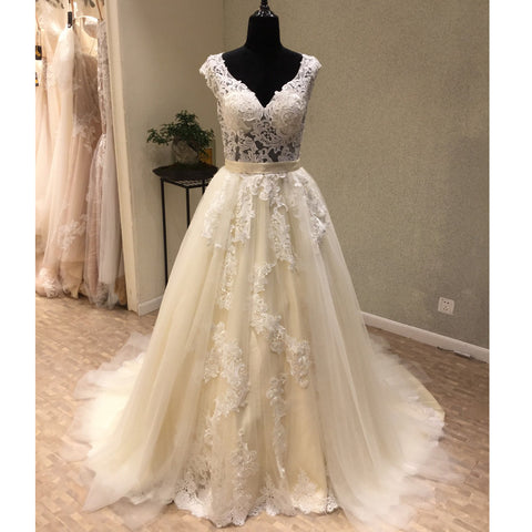 products/wedding_dress_a7952737-3541-4469-ba1b-097d92109826.jpg