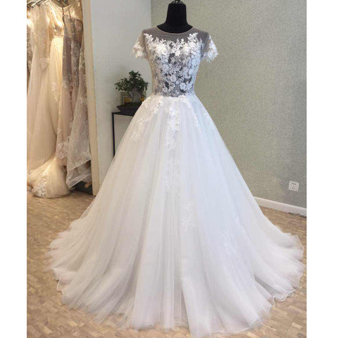 products/wedding_dress_b267f1ed-bfd7-40ca-b94b-012b5efc0d2f.jpg