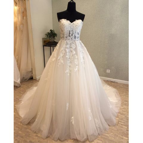 products/wedding_dress_cd560bc0-8afe-44a4-b0b1-332b01412b87.jpg