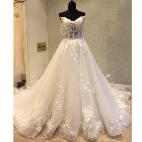 products/wedding_dress_f9141247-163c-4225-ac60-63d5d4f7f9c8.jpg