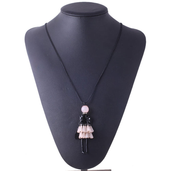 Trendy Maxi Dress Doll Collier Bijoux Necklace OFFER
