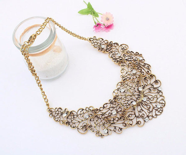 Vintage Statement Necklace Hollow Out Flower