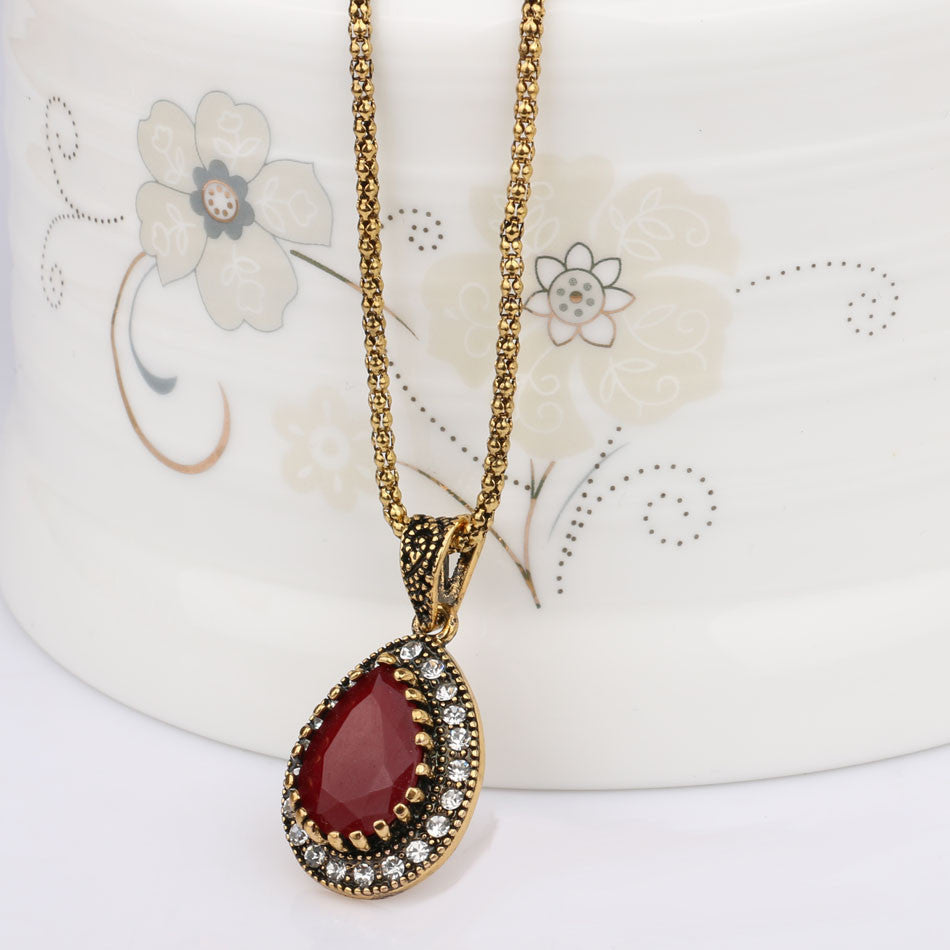 Vintage Statement Water Drop Necklace OFFER