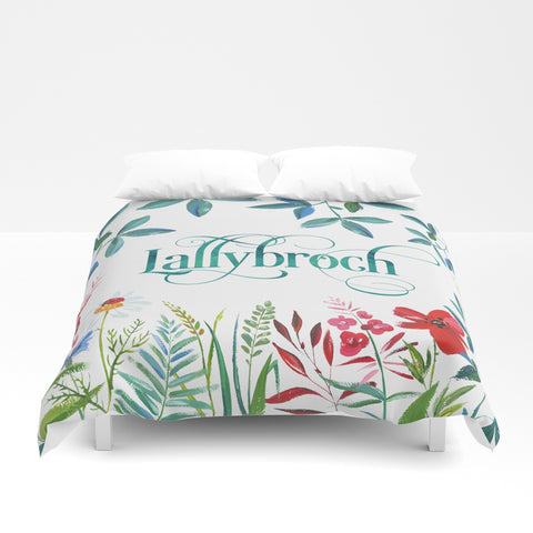 Lallybroch in Bloom. Outlander Duvet Cover - LitLifeCo.