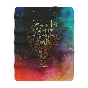She was the heir... Throne of Glass Quote Throw Blanket
