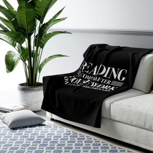READING COMES AFTER HOUSEWORK Throw Blanket