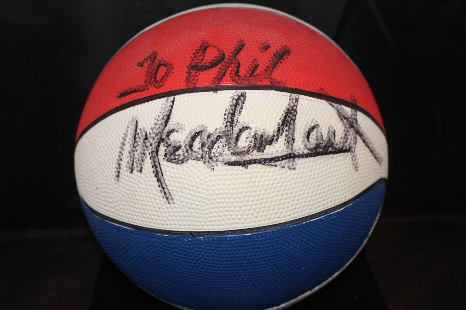 Meadowlark Lemon Autgraphed Basketball, Harlem Globetrotters - Vintage Indy Sports