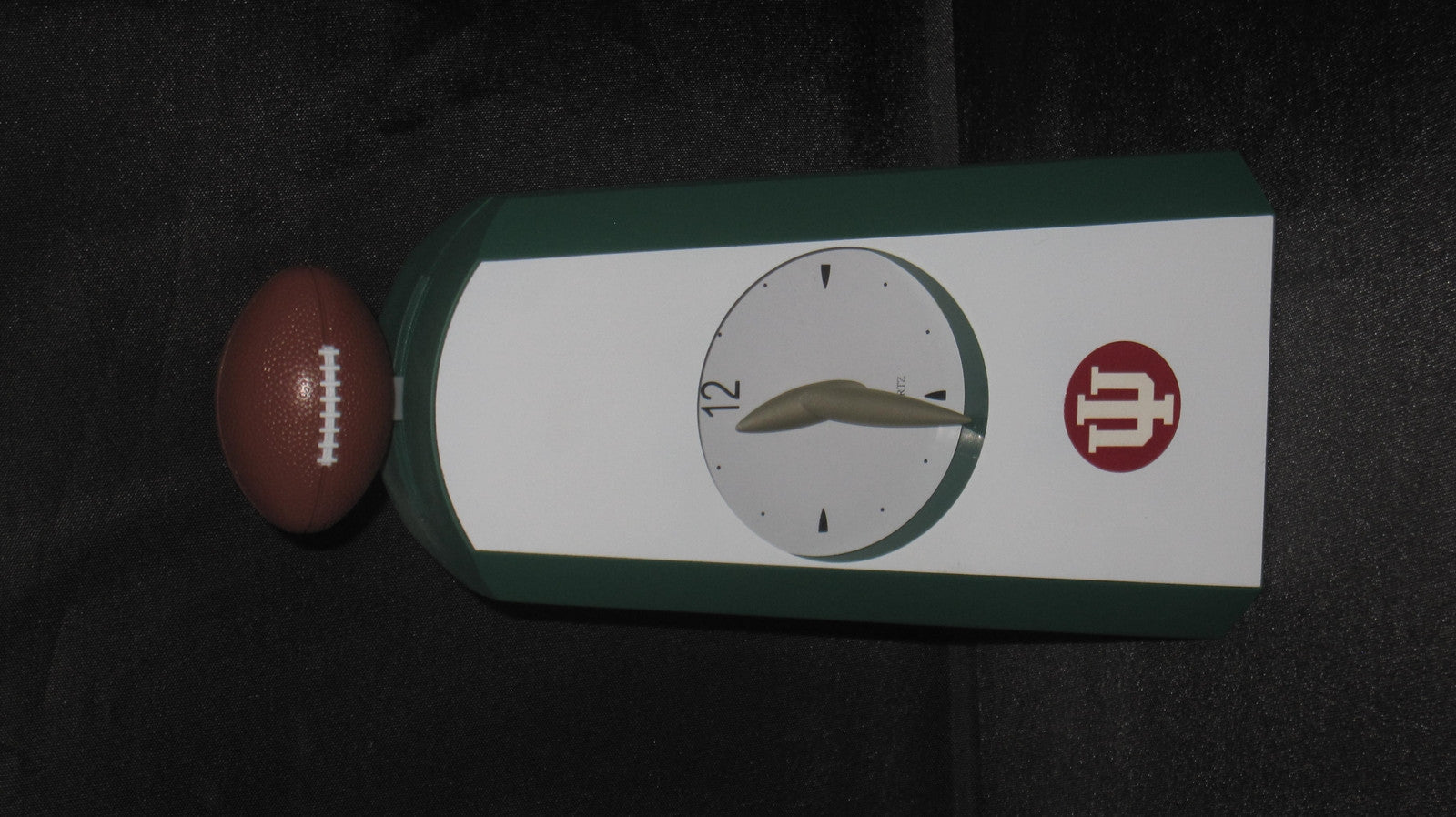 Indiana University Football Quartz Battery Operated Desk Clock - Vintage Indy Sports