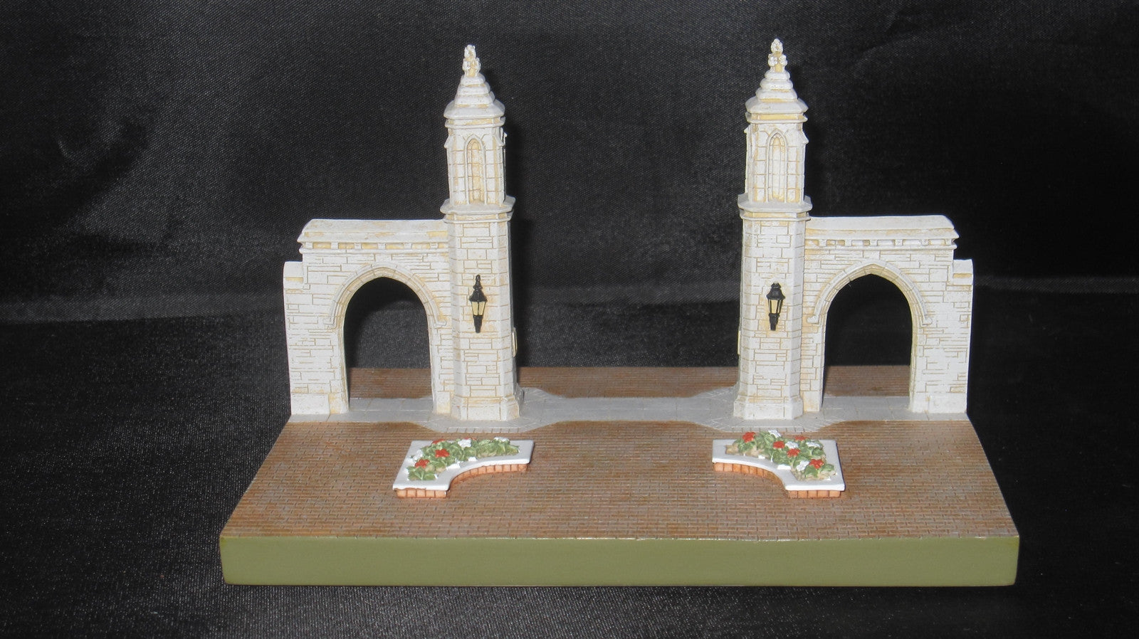 Indiana University Sample Gates Replica 498/10,000 - Vintage Indy Sports