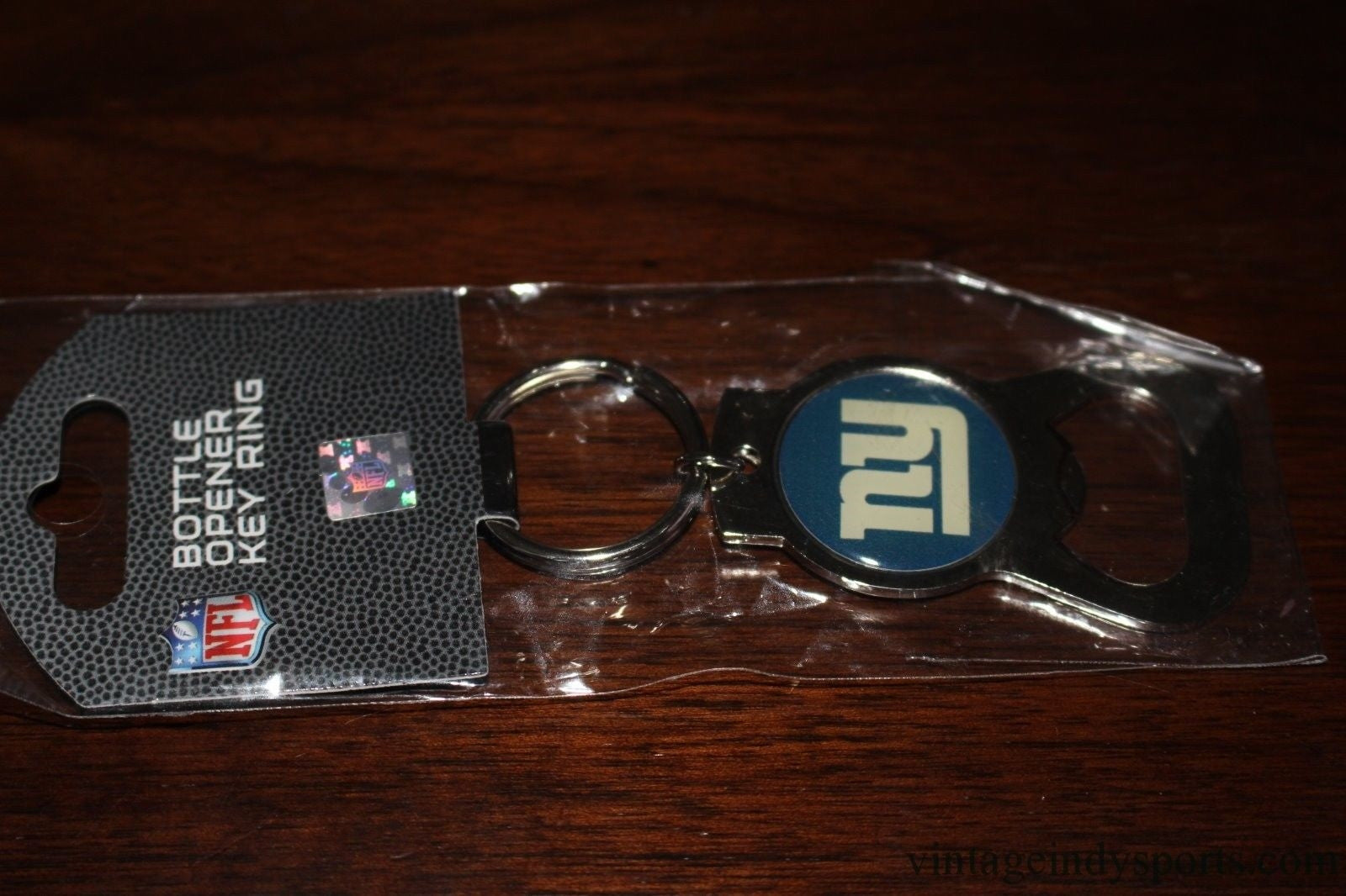 New York Giants Bottle Opener Key Ring, New in Package - Vintage Indy Sports