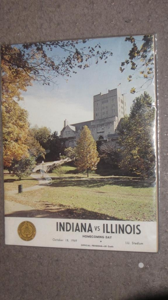 1969 INDIANA UNIVERSITY VS ILLINOIS FOOTBALL PROGRAM - Vintage Indy Sports