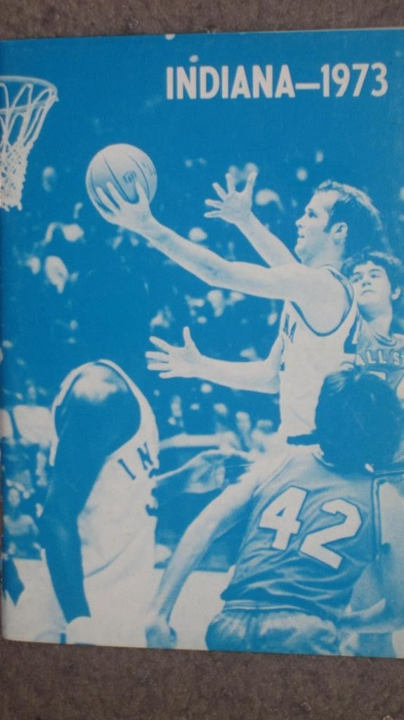 1973 INDIANA UNIVERSITY BASKETBALL MEDIA GUIDE - Vintage Indy Sports