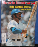 1974 Jim Wynn Los Angeles Dodgers Autographed Sports Illustrated Issue - Vintage Indy Sports