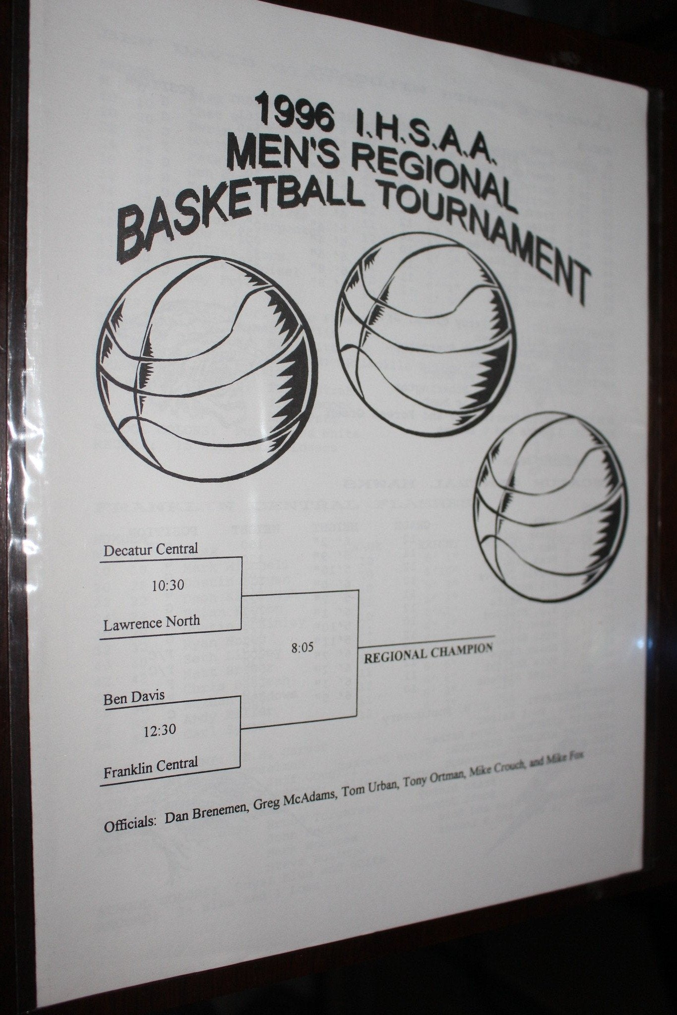1996 Indiana High School Hinkle Fieldhouse Regional Basketball Program - Vintage Indy Sports