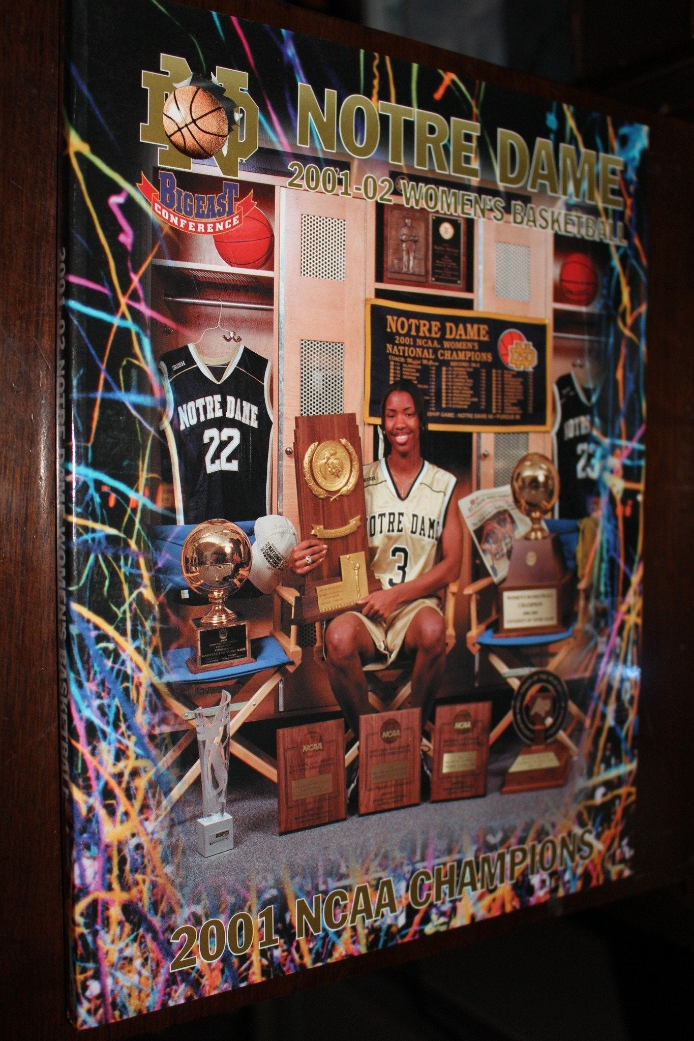 2001-02 Notre Dame Women's Basketball Media Guide - Vintage Indy Sports