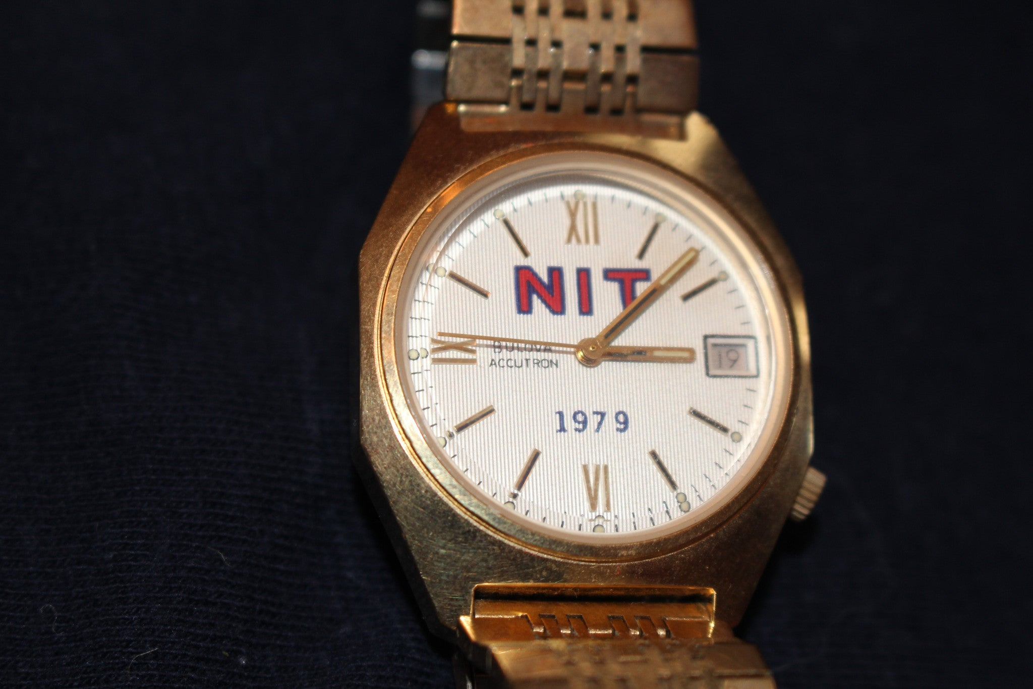 1979 Indiana University NIT Basketball Champions Players Watch - Vintage Indy Sports