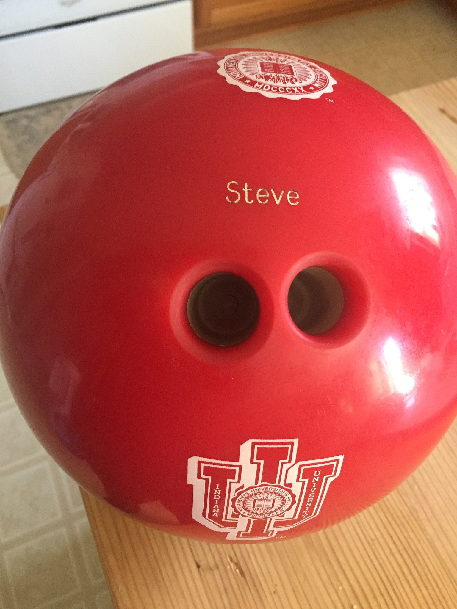 Indiana University Logo Bowling Ball - Vintage Indy Sports