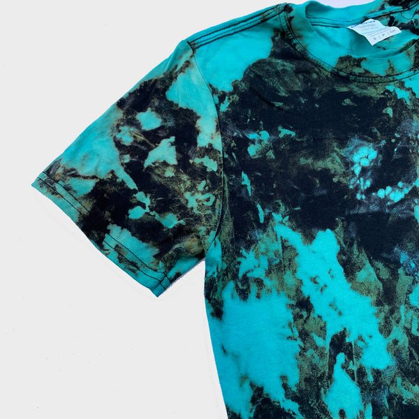 Blue/Black Reverse Tie Dye T-shirt