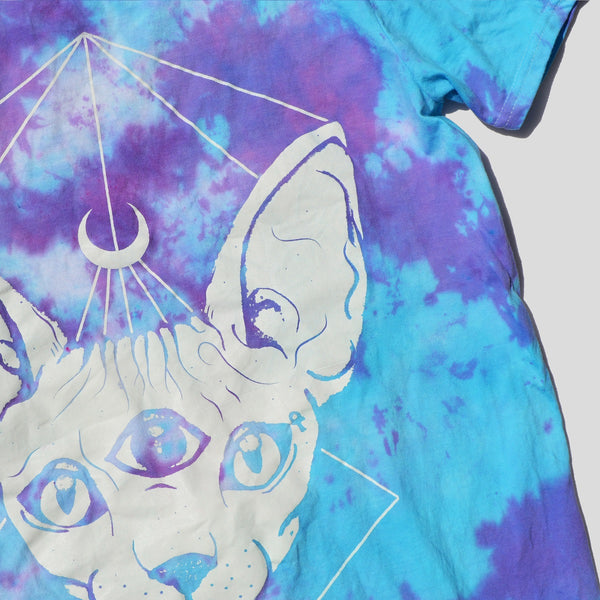 Sphynx Cat Purple/Blue Tie Dye T-shirt