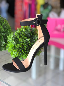 Lilliana Black Heels