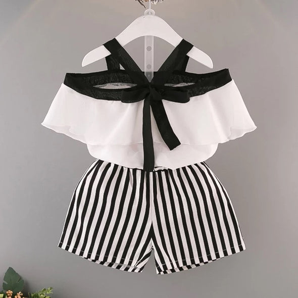SET  BLOUSE AND STRIPES SHORTS